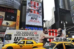 NYC,DD,FW,UFC,timessq,ufcBoard,2,9.13
